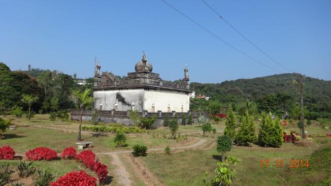 Tombs - Gaddige
