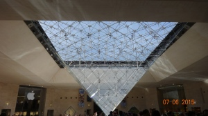 Inverted Pyramid, Louvre
